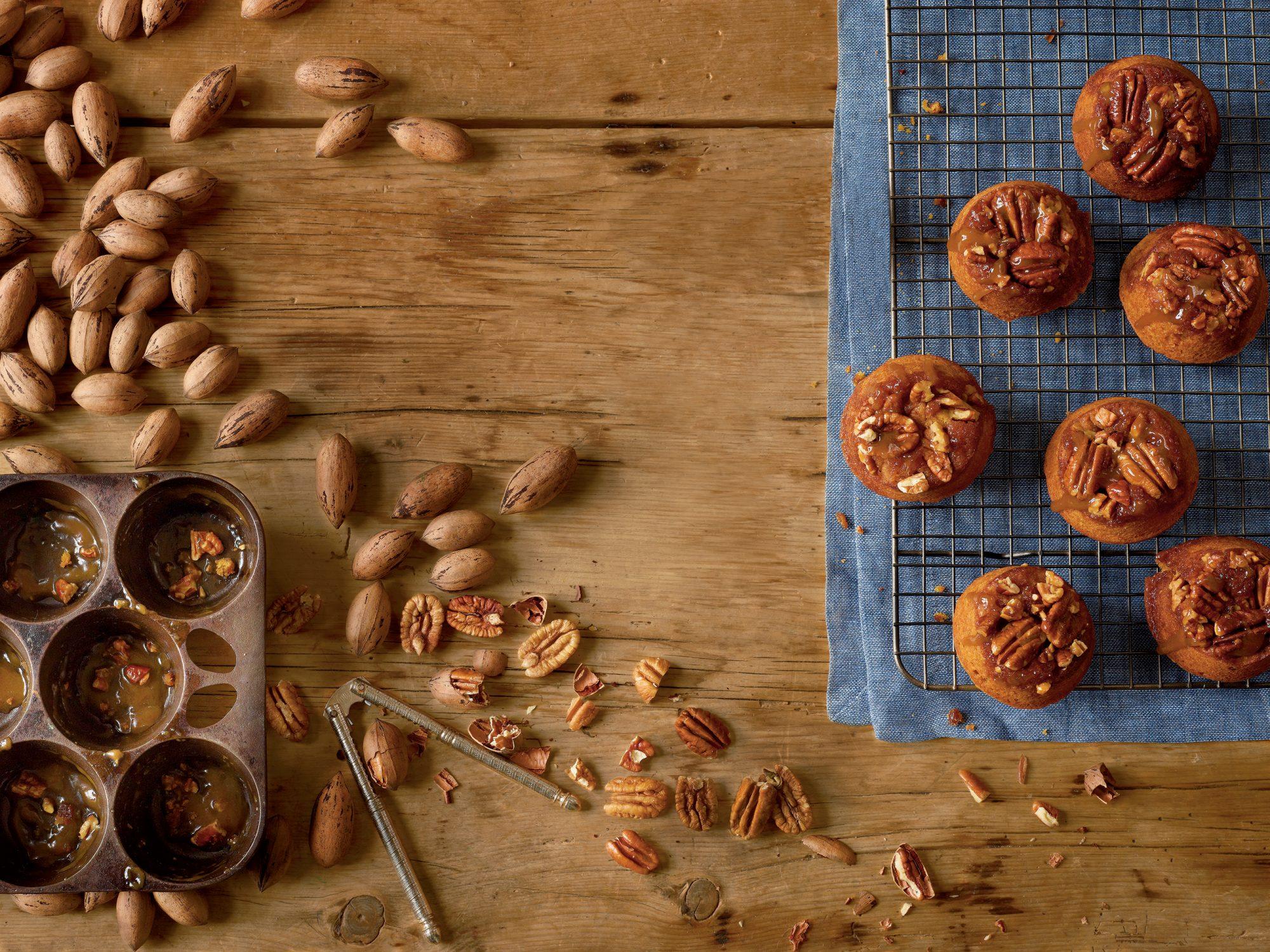 Sticky-Bun Pumpkin Muffins