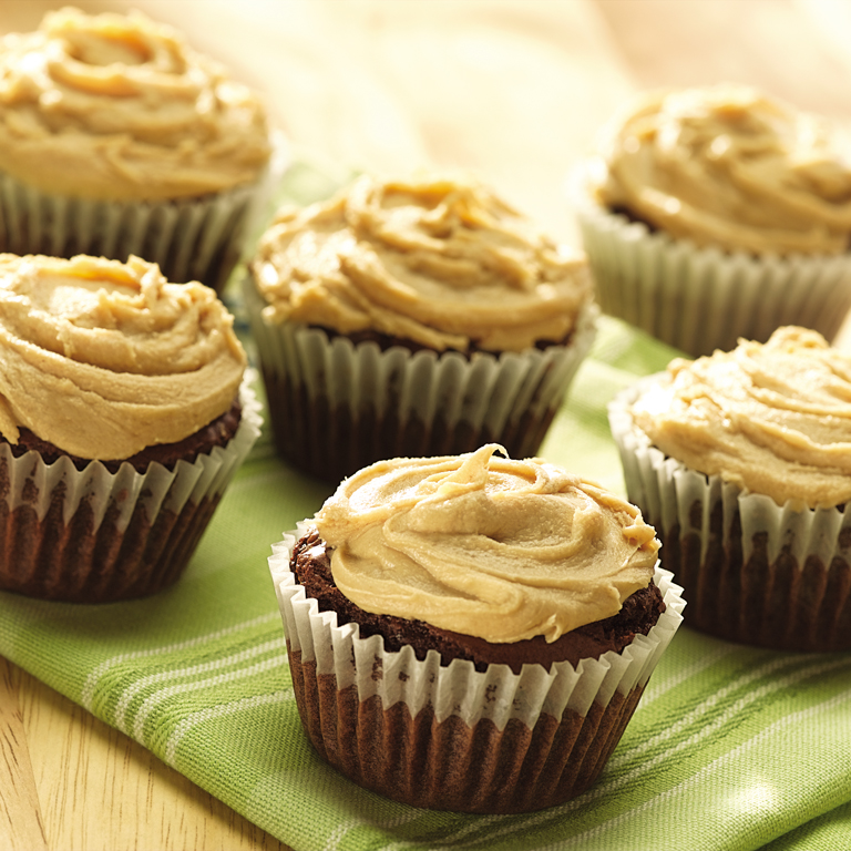 Chocolate Fudge Cupcakes with Peanut Butter Frosting Recipe