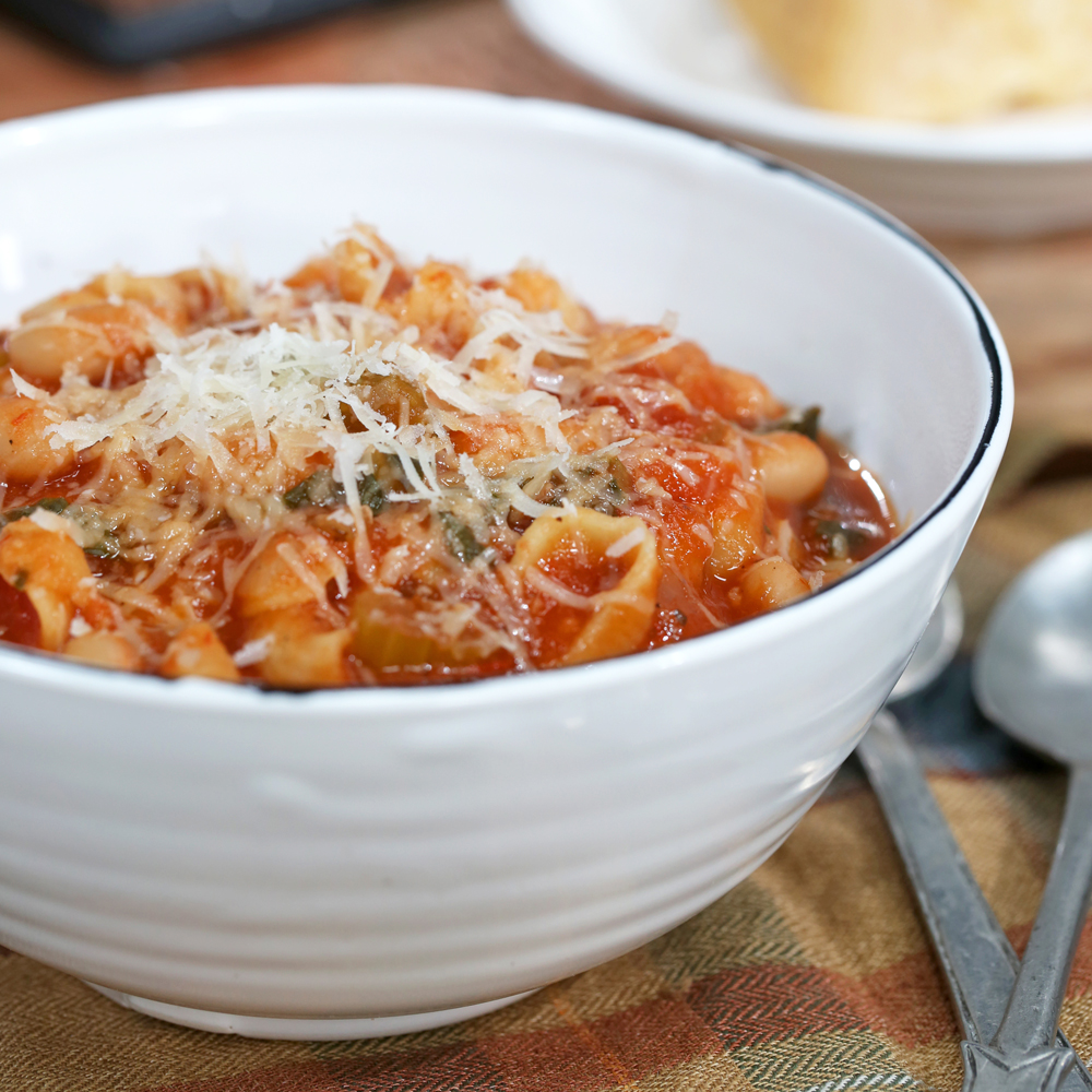 Minestrone is a classic Italian soup loaded with pasta, beans and vegetables. Filling yet light, this soup is a family-friendly favorite.Classic Minestrone