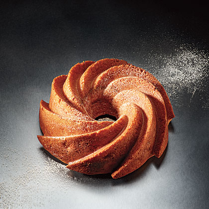 Apple-Cinnamon Bundt Cake Recipe