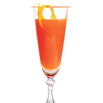 Campari and Orange Sparkling Cocktail