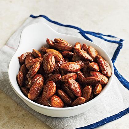 <p>Honey-Glazed Almonds</p>