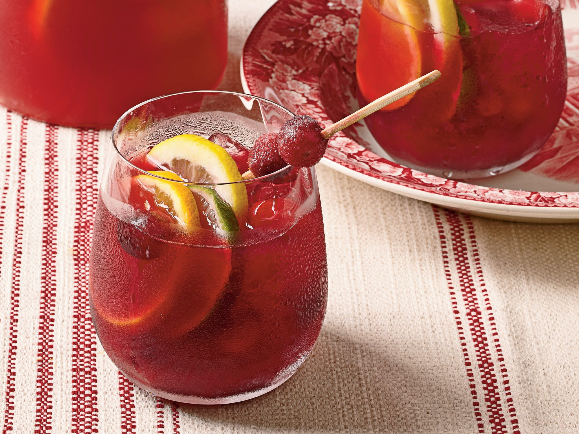 1711 cranberry sangria cl