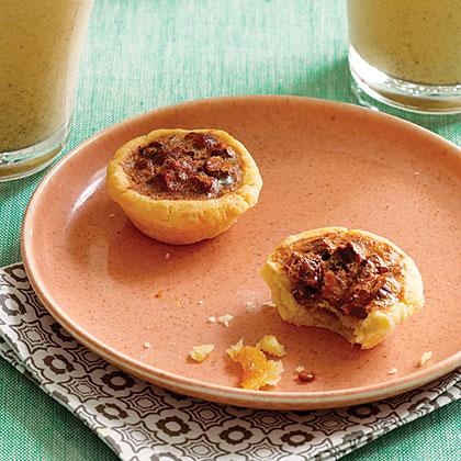 Pecan Date Mini Pies Recipe