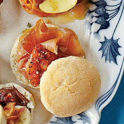 Tomato-Prosciutto Biscuit