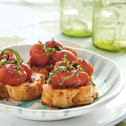 Bruschetta with Warm Tomatoes Recipe
