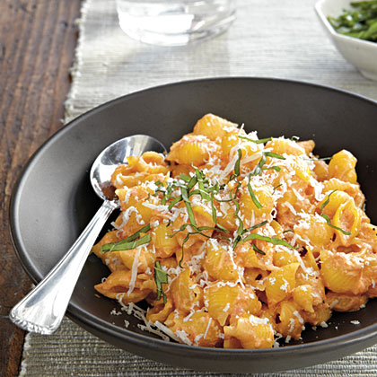 Pasta with Roasted Red Pepper and Cream Sauce Recipe | MyRecipes