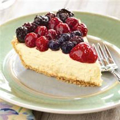 Berry Quartet Cheesecake Pie