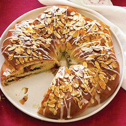 Chocolate Apricot Wreath Recipe