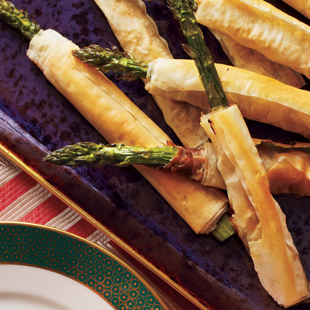 Phyllo wrapped asparagus with prosciutto recipe myrecipes ccuart Image collections