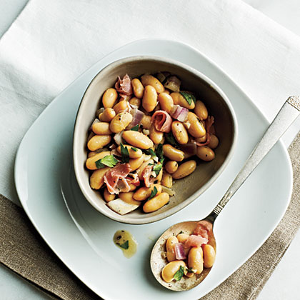 <p>White Beans with Prosciutto</p>