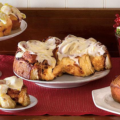 <p>Cinnamon Rolls with Cream Cheese Icing</p>