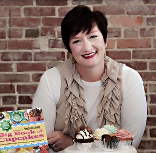 A Baker's Dozen with Dreamcakes' Jan Moon