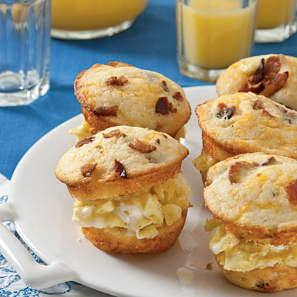 Scrambled Egg Muffin Sliders