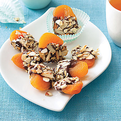 Crunchy Chocolate-Dipped ApricotsRecipe