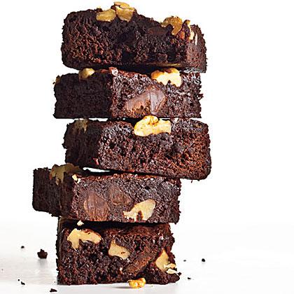 Classic Fudge-Walnut Brownies
