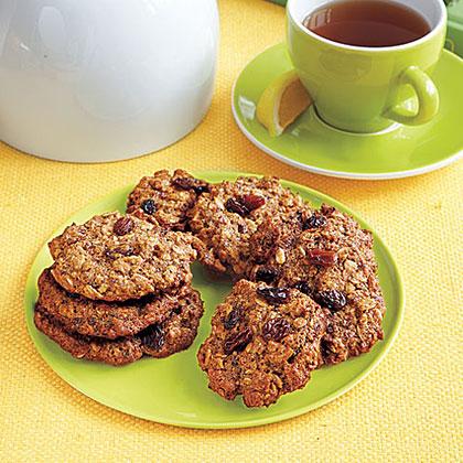 Double-Raisin Oatmeal Cookies