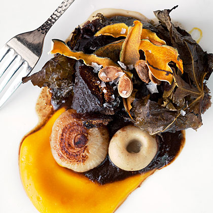 Short Ribs Wrapped in Fig Leaves with Mission Fig Black Mole Recipe