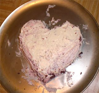 Easy Heart-Shaped Cake