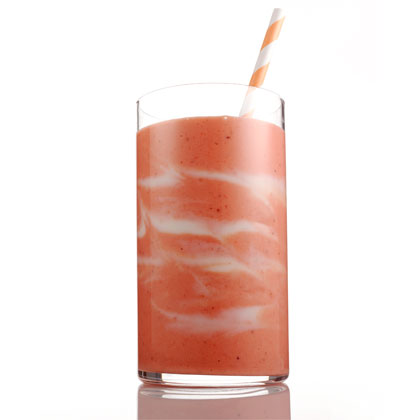 <p>Smoothie With Benefits</p>