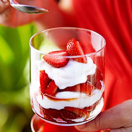 Strawberry Yogurt ParfaitsRecipe