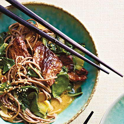 Beef Soba Noodles with Spinach and Coconut-Curry Vinaigrette Recipe