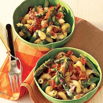 Black Pepper Pasta Salad with Prosciutto, Asparagus, and RomanoRecipe