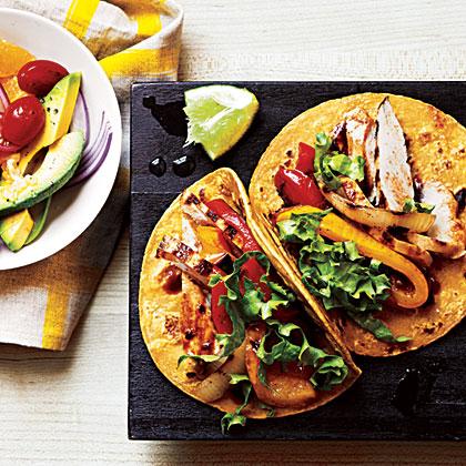 Garlic-Chipotle Chicken Tacos Recipe