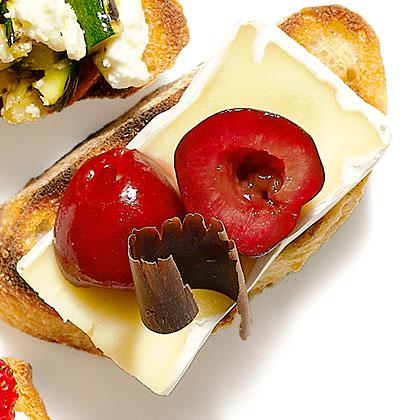 Cheese and Chocolate Bruschetta Recipe