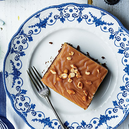 Peanut-Cola Cake Recipe