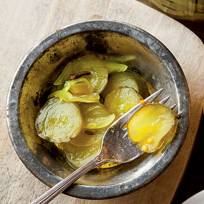 Uncle Hoyt's Bread-and-Butter Pickles