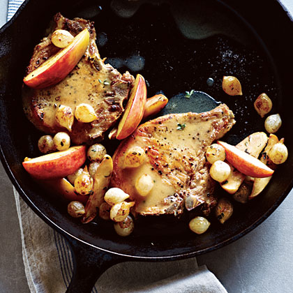 Pork Chops with Roasted Apples and Onions Recipe | MyRecipes
