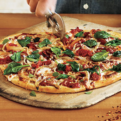Spinach and Onion Pizza