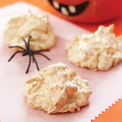 Ghostly Macaroons Recipe