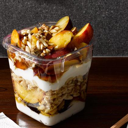 <p>Greek Yogurt Fruit Parfait</p>