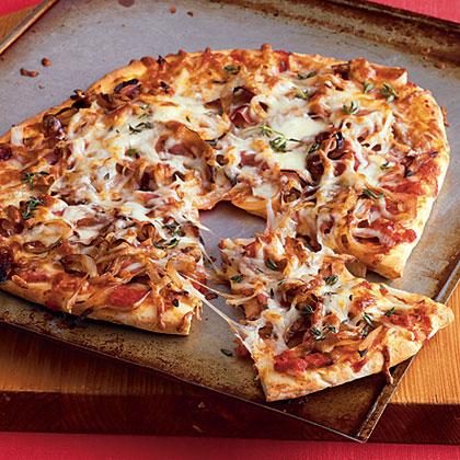 Caramelized Onion and Prosciutto Pizza Recipe | MyRecipes