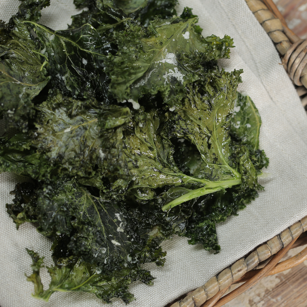 Kale Chips RecipeIf your kids are craving something salty, suggest this healthy alternative. Don't let the green leafy-look fool you, they are crispy, crunchy, and just as salty and delicious as any potato chip.