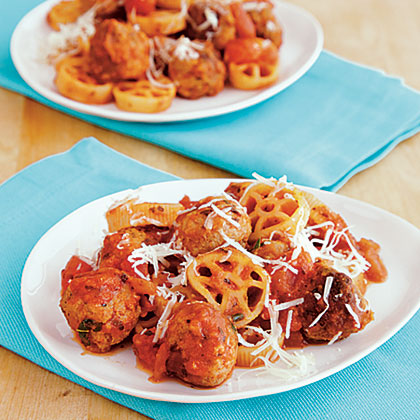 Mini Turkey Meatballs with Wagon Wheel Pasta Recipe