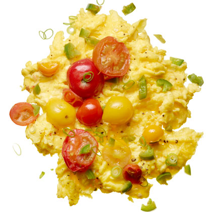 <p>Scrambled Eggs with Chilies</p>
