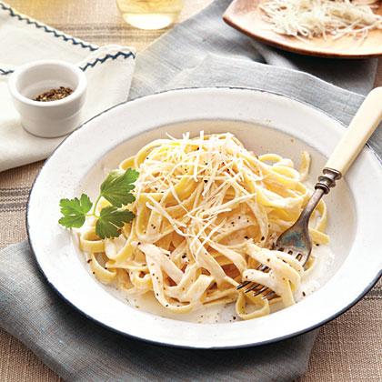 Fettuccine Alfredo Recipe Myrecipes Com