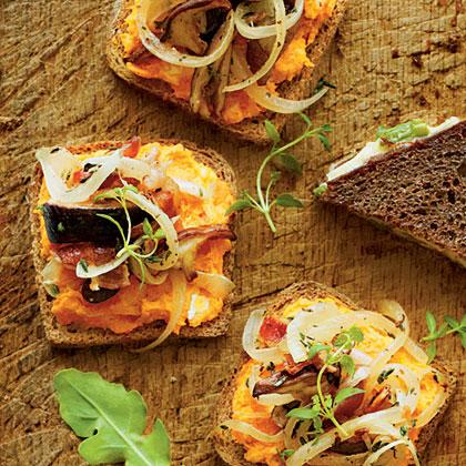 Open-Faced Sweet Potato-Mushroom Sandwiches