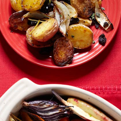 <p>Roasted New Potatoes with Lemon, Oregano, and Olives</p>