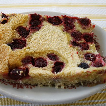 Raspberry Kuchen Bars