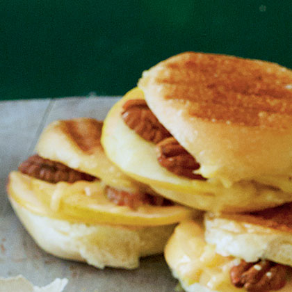 Fruit-and-Nut Sliders