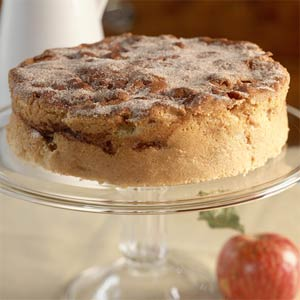 Cake of the Week: Cinnamon-Apple Cake