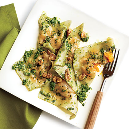 Butternut Squash Ravioli with Spinach Pesto RecipeButternut Squash Ravioli with Spinach Pesto uses supermarket wonton wrappers to create a shortcut weeknight ravioli treat.