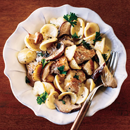 Creamy Chicken Pasta RecipeThis easy chicken recipe features the winning combinations of pasta, creamy mascarpone cheese, and chicken, all enhanced by the addition of  wild mushrooms and fresh herbs.