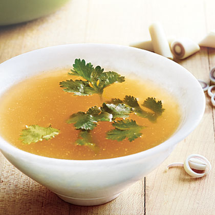 Lemony, Fragrant Chicken Broth Recipe