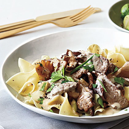 Make a classic family favorite in a fraction of the time. Best of all, this comforting dish comes in at less than 400 calories per serving.Quick Beef Stroganoff