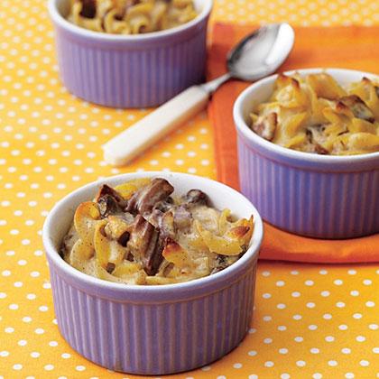 Cinnamon-Raisin Noodle Pudding